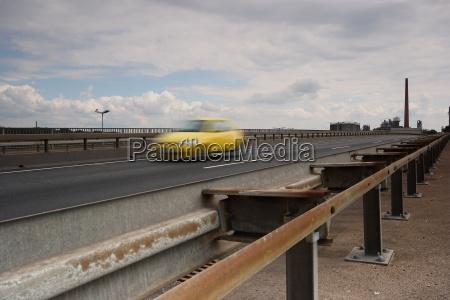 ruch drogowy transport samochod automobil gefaehrt