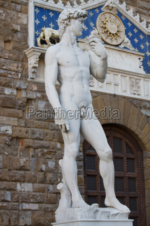 sztuka statula meski rzezba toskania marmur