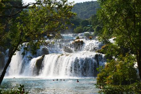 wspaniale wodospady krka sibenikchorwacja