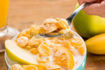 niebieski szklo kubek kielich pomarancza pomarancz